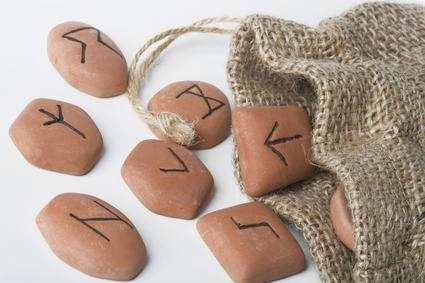 Runen historische Schriftzeien